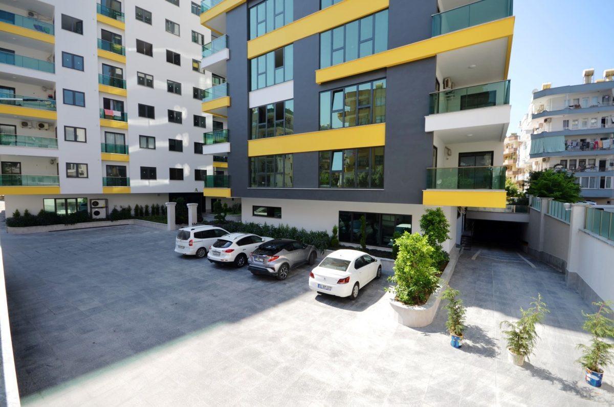 Четырехкомнатные апартаменты в центре Алании, рядом с популярными торговыми центрами  - Фото 3