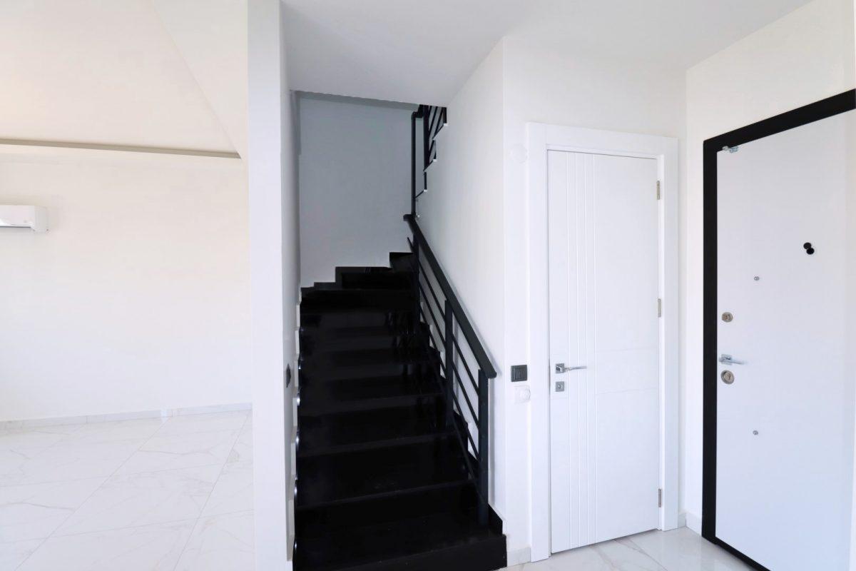 Новая двухуровневая квартира в самом центре Алании - Фото 11
