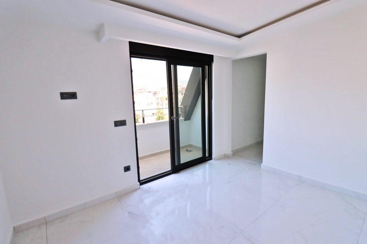 Новая двухуровневая квартира в самом центре Алании - Фото 18