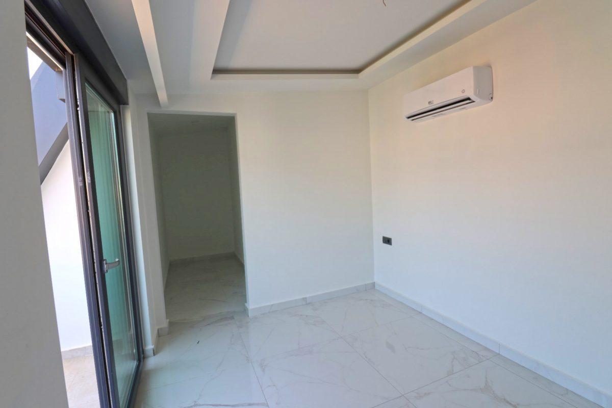 Новая двухуровневая квартира в самом центре Алании - Фото 20