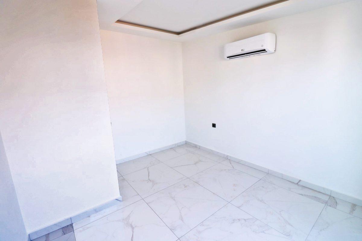 Новая двухуровневая квартира в самом центре Алании - Фото 22