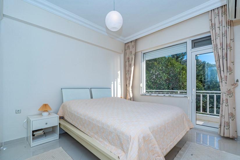 Двухкомнатная квартира с видом на пляж Клеопатра - Фото 19