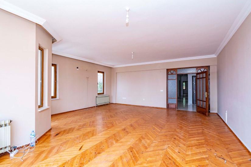 Четырехкомнатная квартира в историческом центре Алании - Фото 14