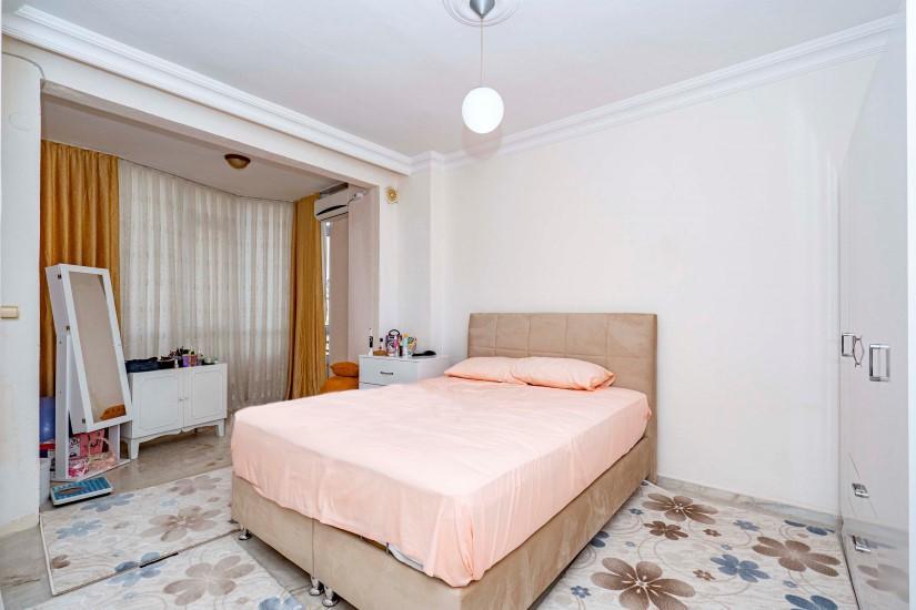 Меблированная трехкомнатная квартира в центре Алании с видом на море - Фото 12