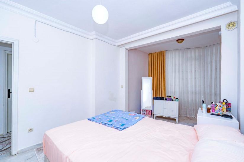 Меблированная трехкомнатная квартира в центре Алании с видом на море - Фото 13