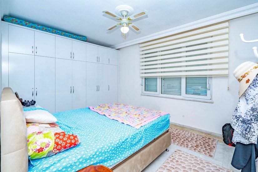 Меблированная трехкомнатная квартира в центре Алании с видом на море - Фото 14