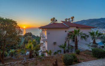 Двухкомнатная квартира с видом на пляж Клеопатра