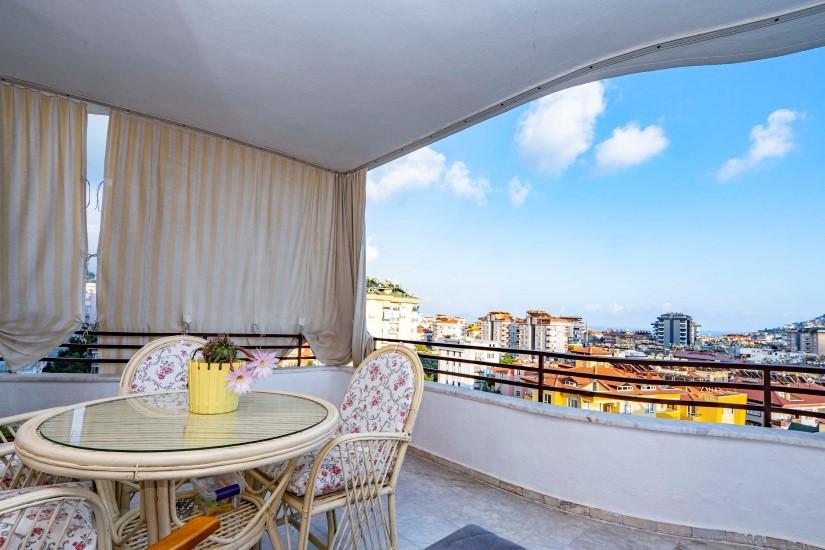 Меблированная трехкомнатная квартира в центре Алании с видом на море - Фото 20