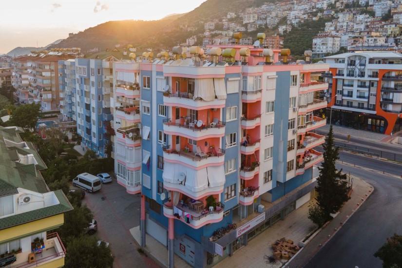 Меблированная трехкомнатная квартира в центре Алании с видом на море - Фото 6