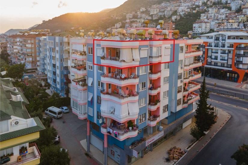 Меблированная трехкомнатная квартира в центре Алании с видом на море - Фото 3