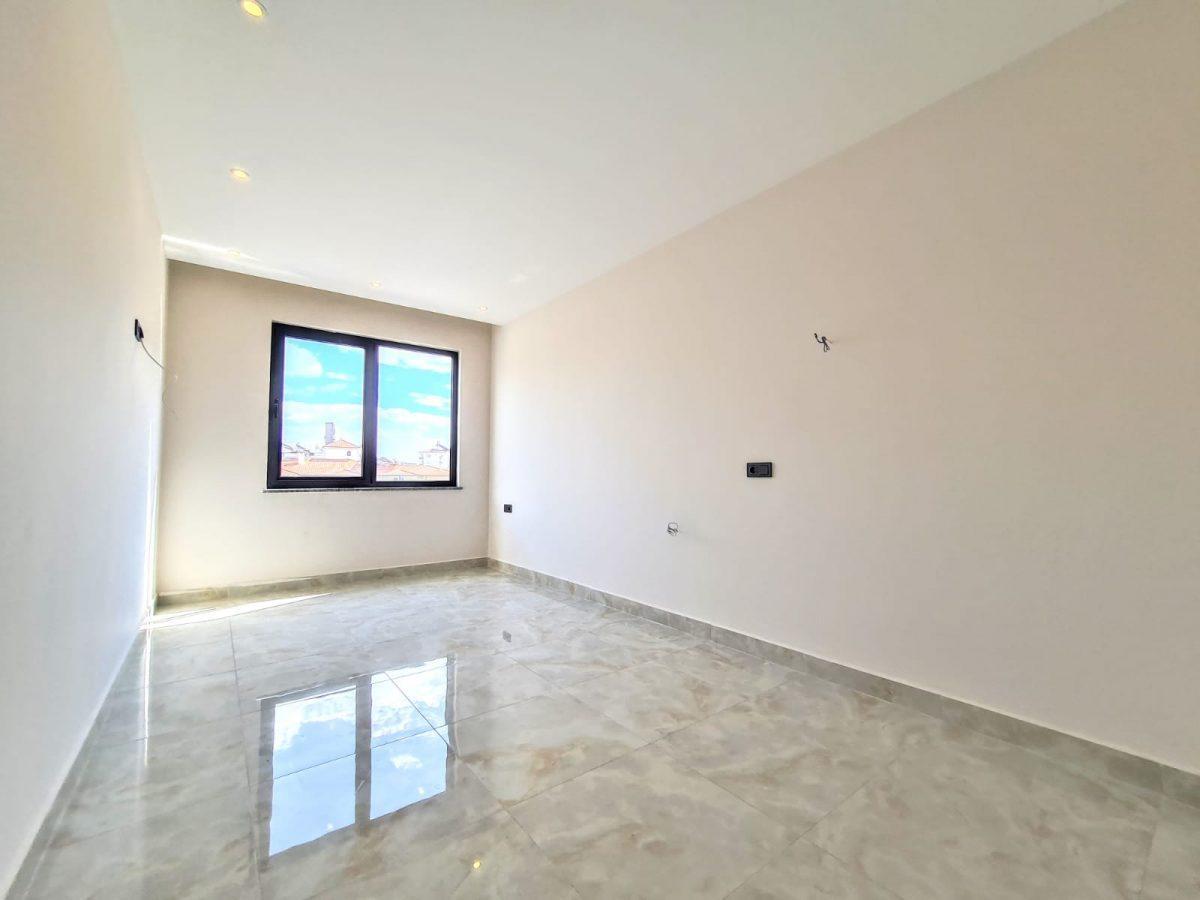 Новая трехкомнатная квартира в центре Алании - Фото 15