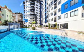 Новая трехкомнатная квартира в центре Алании