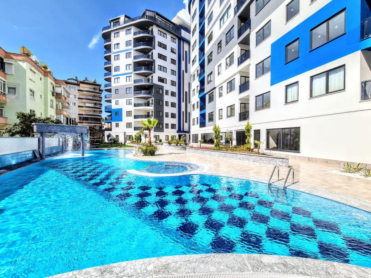 Новая трехкомнатная квартира в центре Алании - Фото 1