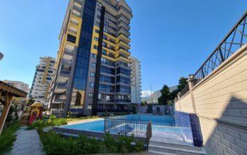 Квартира 3+1 в новом комплексе в Махмутларе