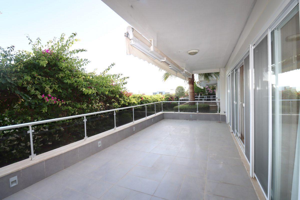 Просторная квартира с выходом в сад в районе Конаклы - Фото 6