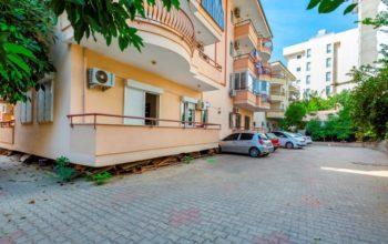 Недорогая просторная квартира в центре Алании