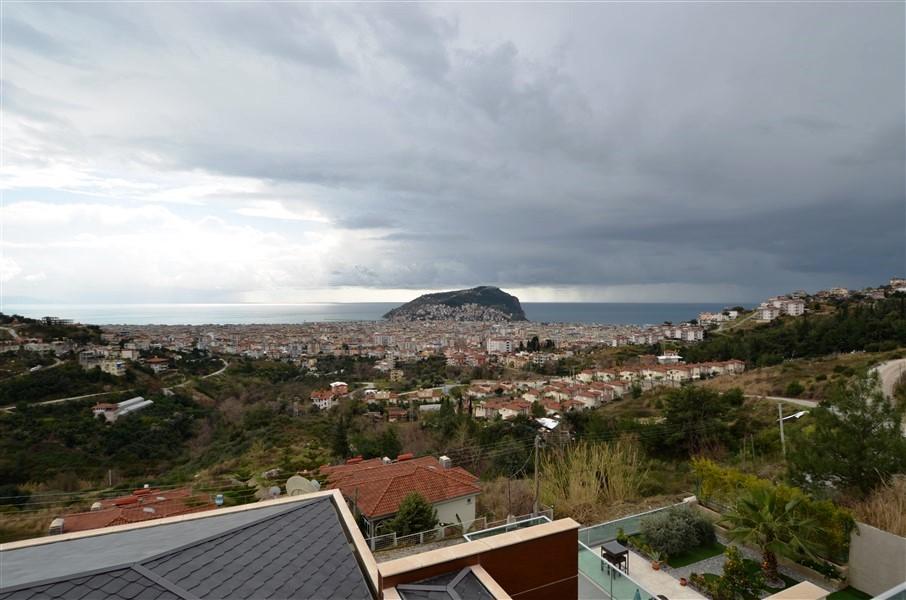Трехэтажная вилла с панорамным видом на море и историческую крепость  - Фото 20