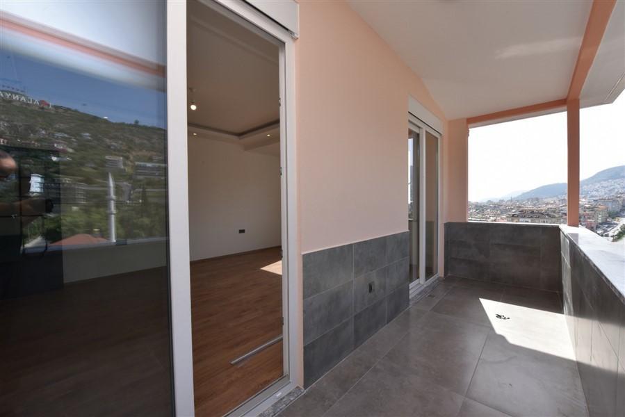 Просторный 8-комнатный пентхаус с видом на море и Аланию - Фото 25