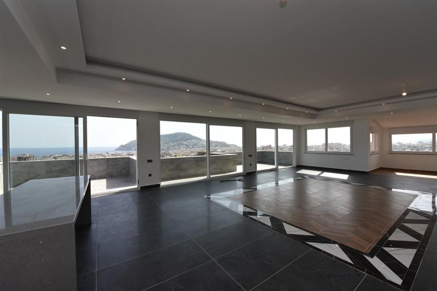 Просторный 8-комнатный пентхаус с видом на море и Аланию - Фото 51