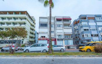 Недорогая трехкомнатная квартира в самом центре Алании