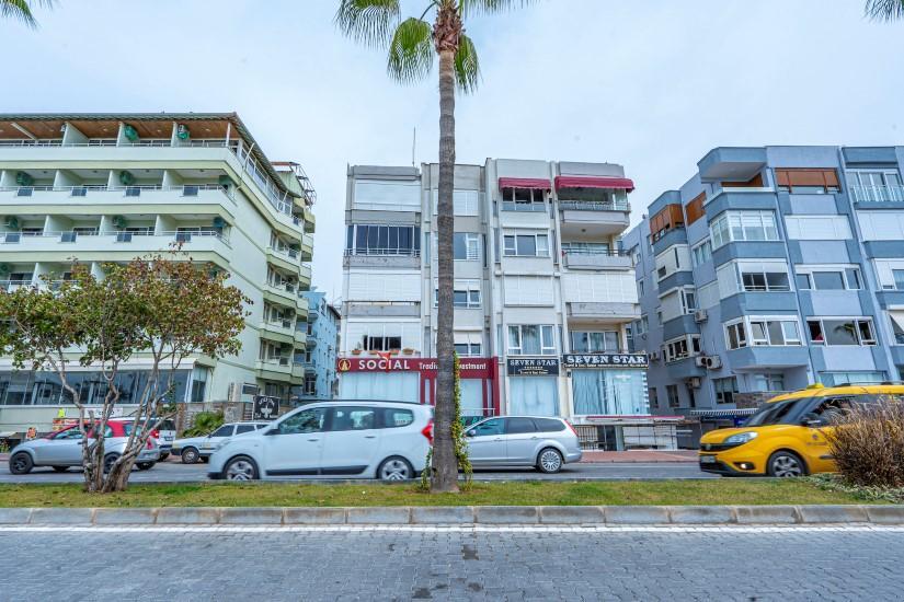 Недорогая трехкомнатная квартира в самом центре Алании - Фото 1