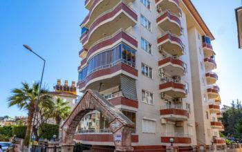 Трёхкомнатные апартаменты в центре Алании