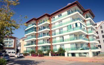 Меблированная квартира 2+1 на первой береговой линии в Кестеле