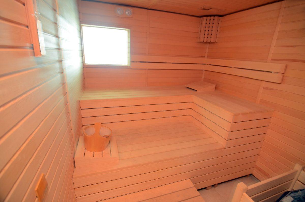 Меблированная квартира 2+1 на первой береговой линии в Кестеле - Фото 23