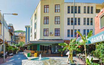 Жилой комплекс с коммерческими помещения с уникальной локацией в центре Алании