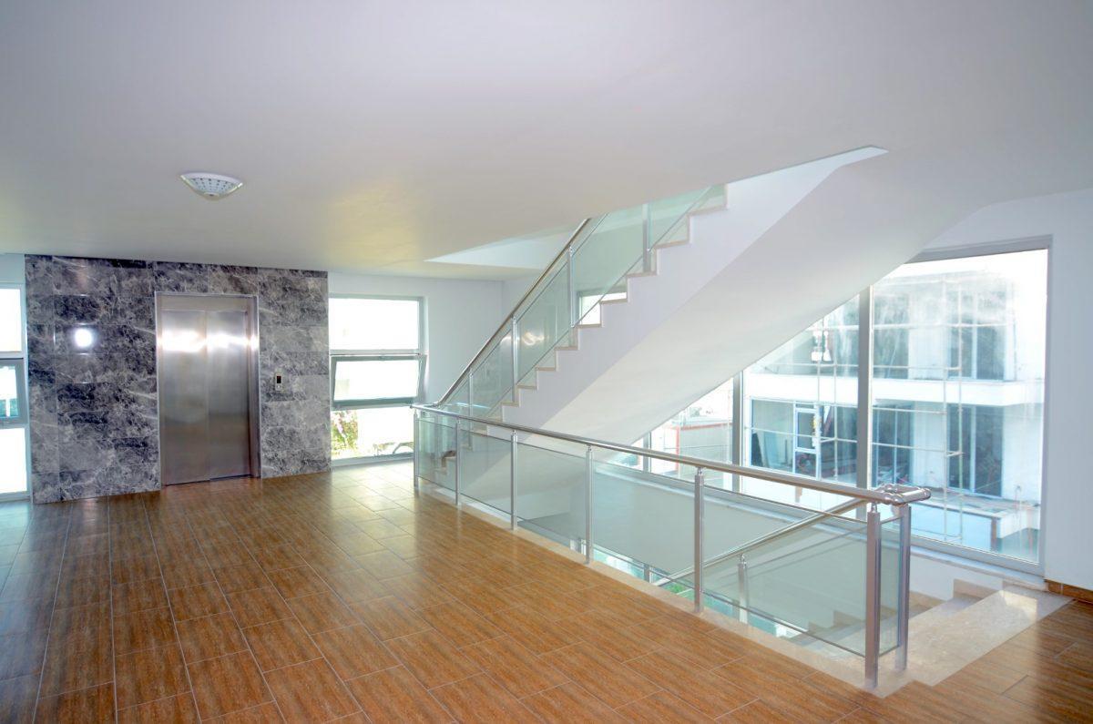 Меблированная квартира 2+1 на первой береговой линии в Кестеле - Фото 19