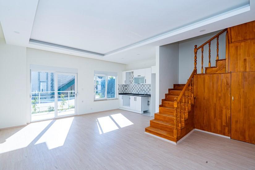 Дуплекс с 4 спальнями в новом доме в Алании - Фото 11