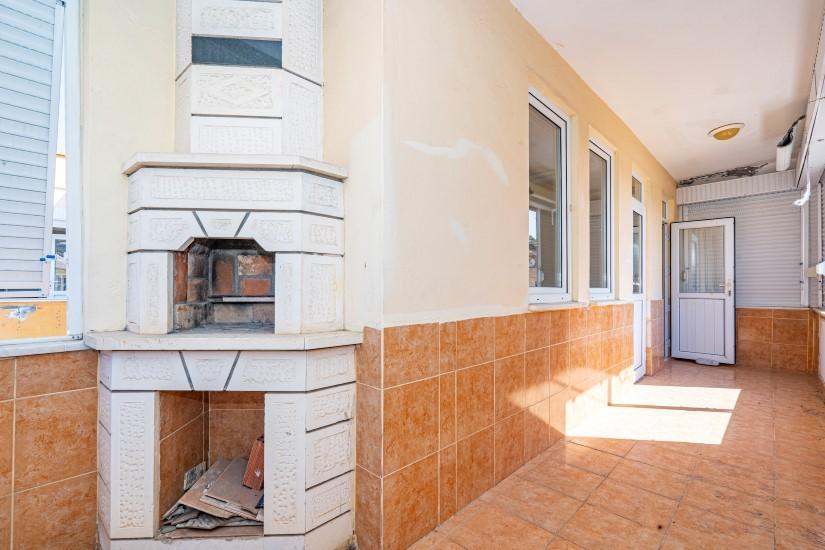 Недорогая просторная четырех комнатная квартира в самом центре Алании - Фото 15
