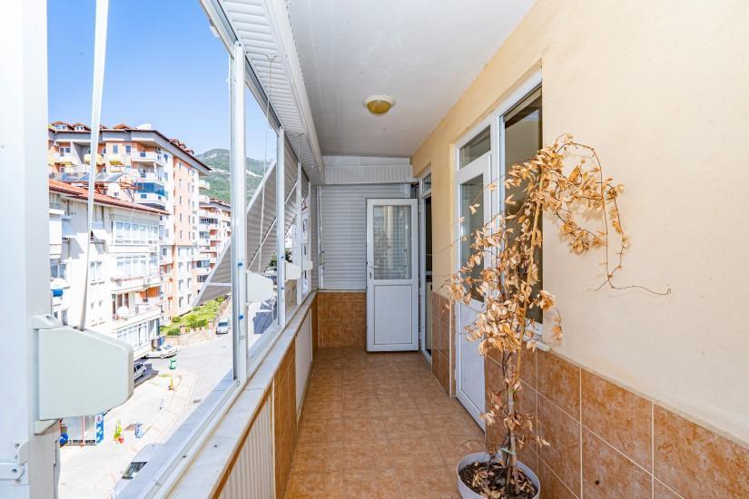 Недорогая просторная четырех комнатная квартира в самом центре Алании - Фото 17
