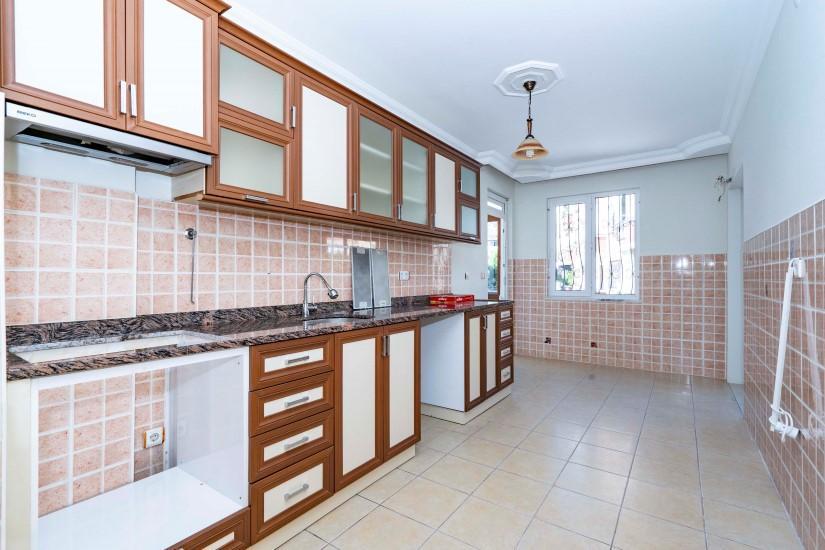 Четырёхкомнатная квартира в центре Алании по доступной цене - Фото 11