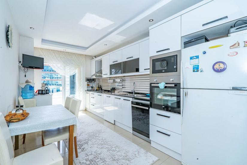 Трехкомнатная квартира с мебелью в Джикджилли  - Фото 17