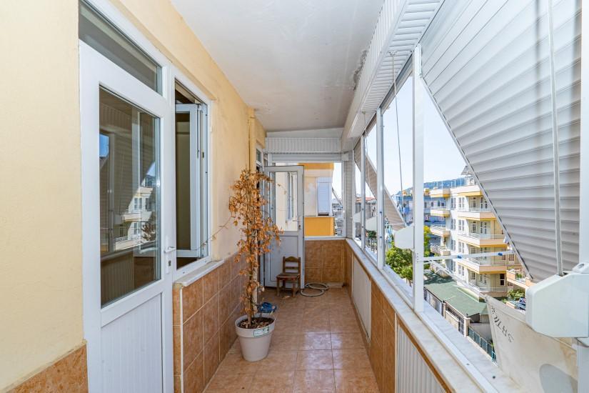 Недорогая просторная четырех комнатная квартира в самом центре Алании - Фото 18