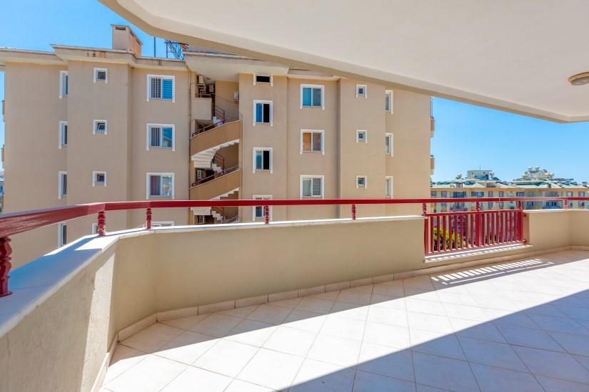 Просторная квартира 3+1 в Алании рядом с морем - Фото 16
