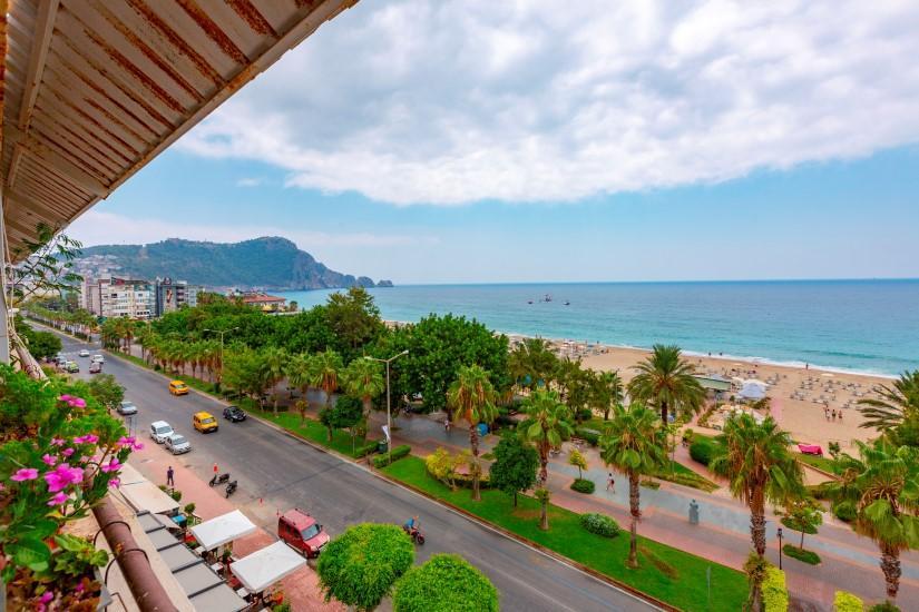 Трехкомнатная квартира в центре Алании рядом с пляжем Клеопатра - Фото 1