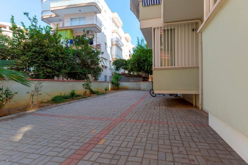 Недорогая четырехкомнатная квартира в самом центре Алании - Фото 4