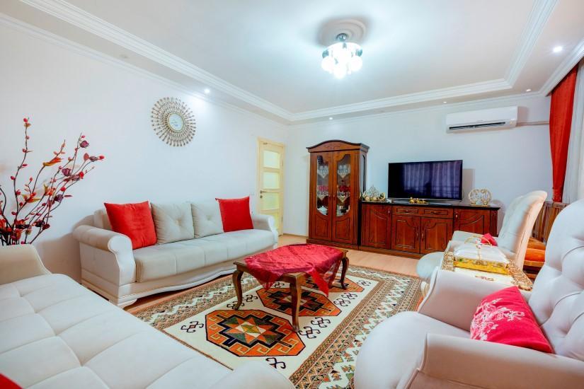 Недорогая четырехкомнатная квартира в самом центре Алании - Фото 1