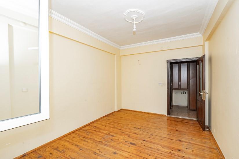 Недорогая просторная четырех комнатная квартира в самом центре Алании - Фото 19