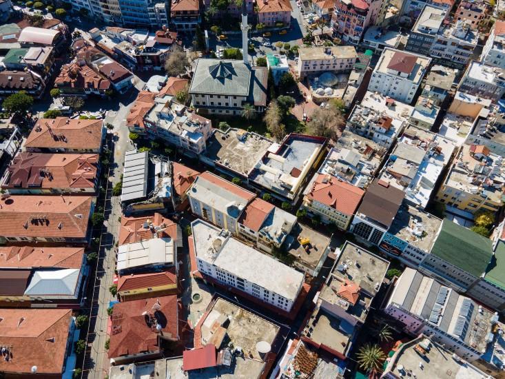 Жилой комплекс с коммерческими помещения с уникальной локацией в центре Алании - Фото 9