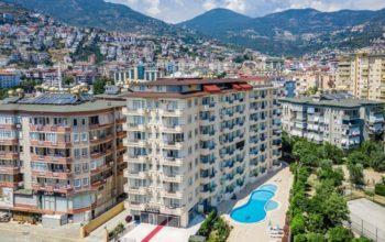 Двухкомнатные апартаменты на высоком этаже в центре Алании