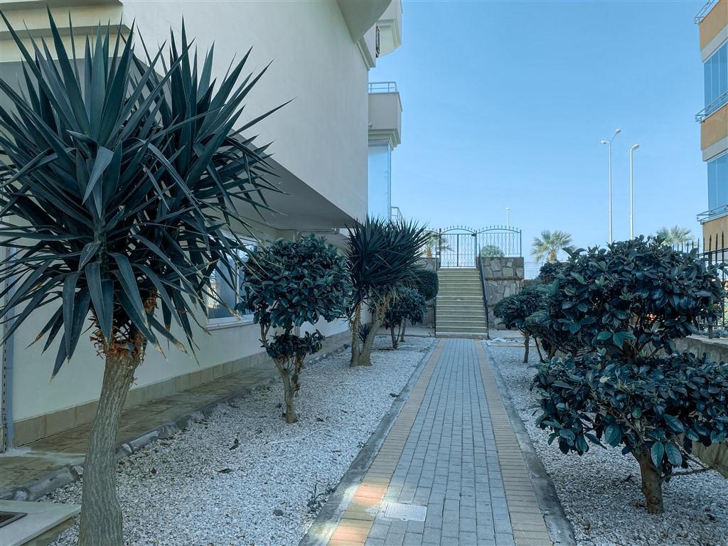 Трехкомнатная квартира на первой береговой в Махмутларе - Фото 3