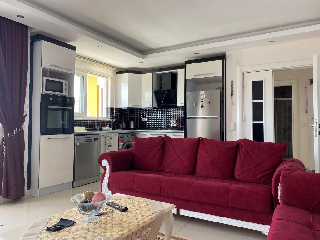 Просторная квартира 1+1 с мебелью и техникой в Махмутларе - Фото 4