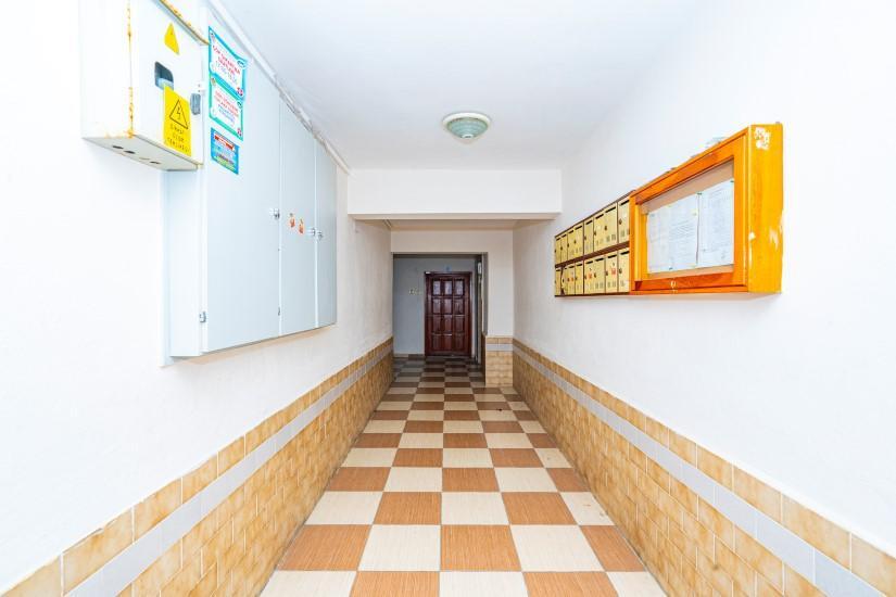 Недорогая просторная четырех комнатная квартира в самом центре Алании - Фото 3