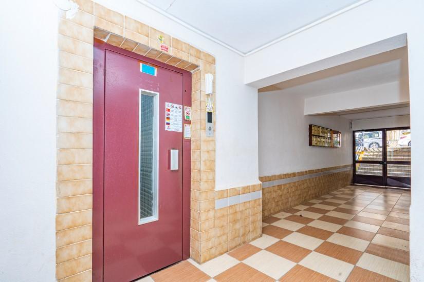 Недорогая просторная четырех комнатная квартира в самом центре Алании - Фото 4