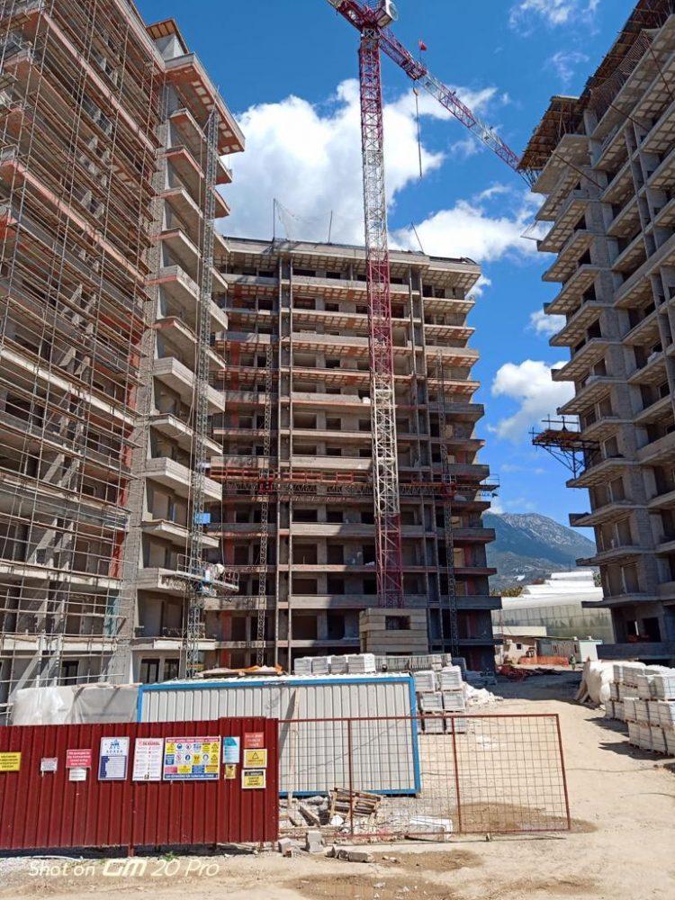 Апартаменты 1+1 в строящемся комплексе в Махмутларе - Фото 17