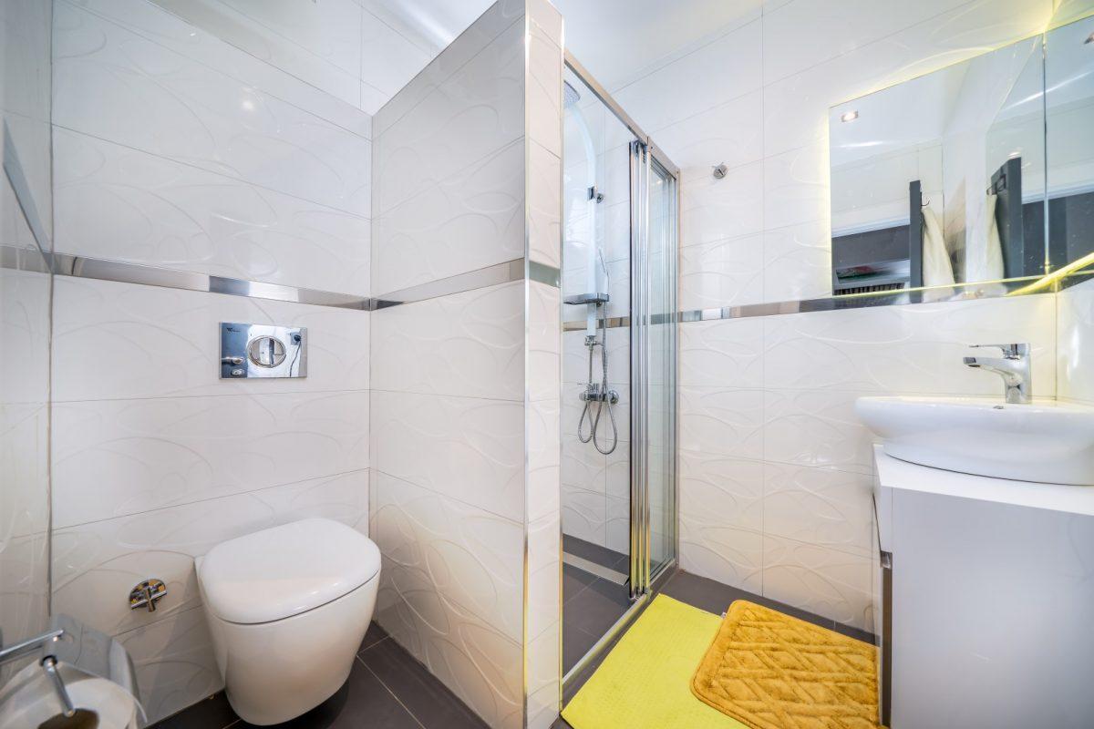 Меблированная квартира в комплексе с богатой инфраструктурой в Кыргыджак - Фото 25