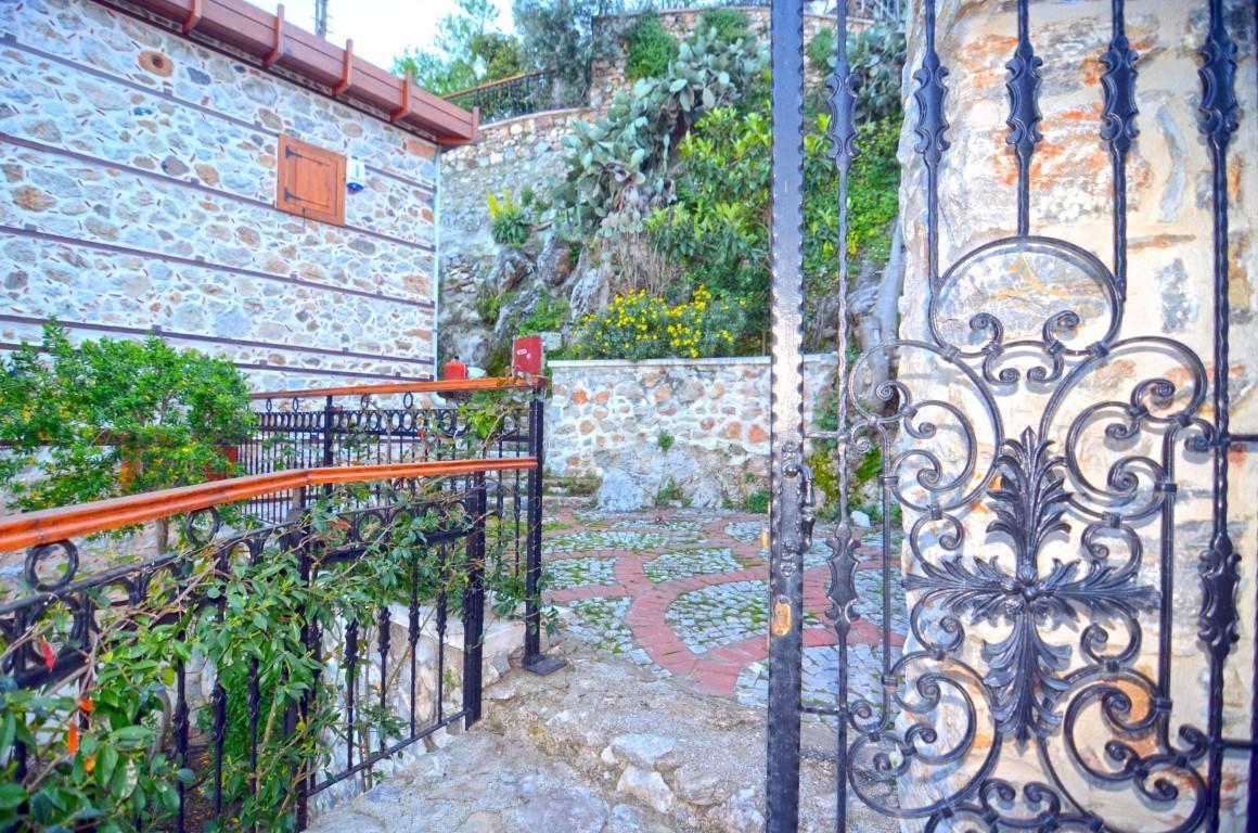 Старинный двухэтажный дом рядом с крепостью Алании - Фото 38